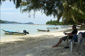 Reading on the Perhentian Islands: by mattandnetty, Views[487]