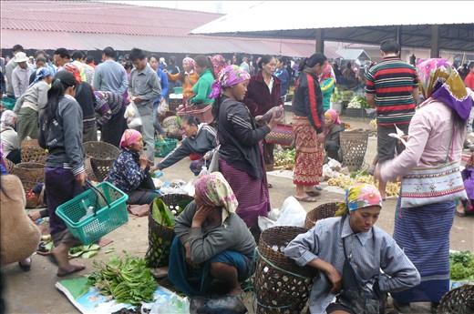 Muang Sing early morning market
