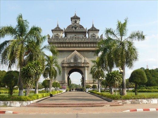 Arc de Triomphe replica - Patuxai