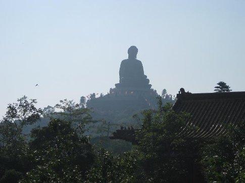 Tian Tan Buddha from a distance. Aint he huge!?
