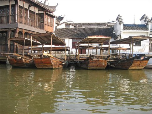 Zhujiajiao is such a beautiful city. It's sometimes referred to as the Venice of Asia - I think you can see why!