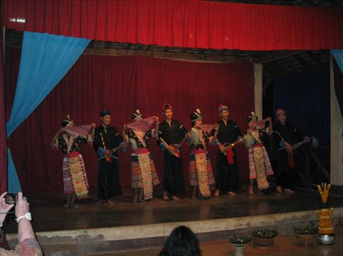Traditional dancing at the Children's Cultural Centre.