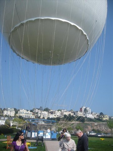 There's a big ballon by the beach in Torquay that goes up 400ft!!