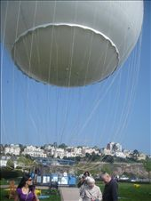 There's a big ballon by the beach in Torquay that goes up 400ft!!: by mazystar, Views[232]