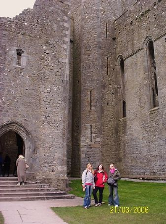 Cashel Castle with Chelsea, Margo and Tilopa