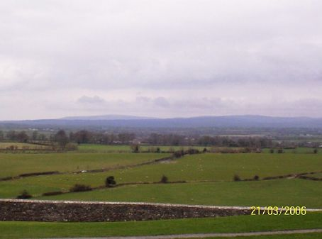 The glorious countryside of Cashel