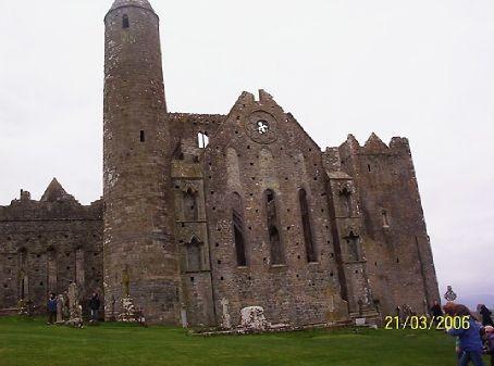 Cashel Castle, it's me that's skew-iff not the Castle