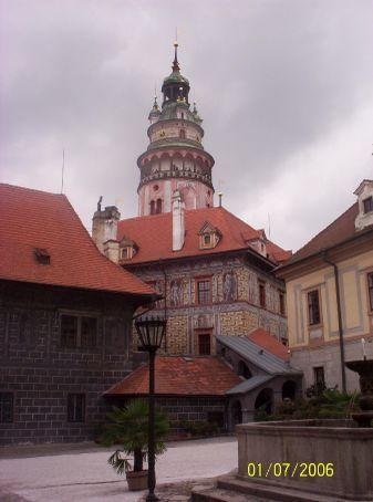 Cesky Krumlov palace
