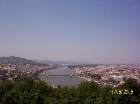 Photo showing Buda and Pest
