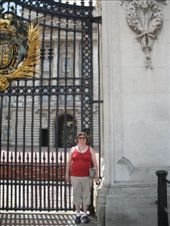 They locked the Palace gates: by melissa, Views[223]