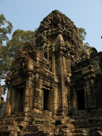 Thommanon--same style as Angkor Wat, only smaller