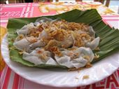 White rose-little bits of shrimp in rice flour wrappers: by melissa_k, Views[379]