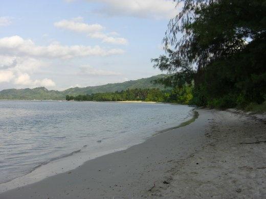 The beach at Taun. Sekotong district