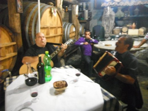 Traditional music in the same tavern