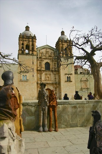 In Oaxaca, southeast of Mexico City, a local artist set out to make a sculpture for every villager.