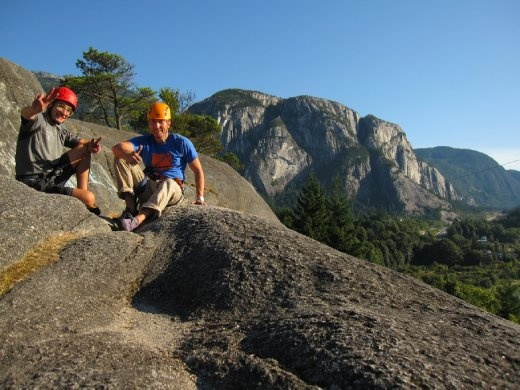Dominik, me and the Stawamus Chief on the background. Squamish, BC