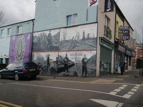 Another of the murals in Belfast. We needed much more time to walk around and have a better look.
