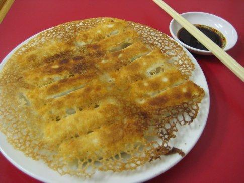12 dumplings fried in a light batter. So yummy!