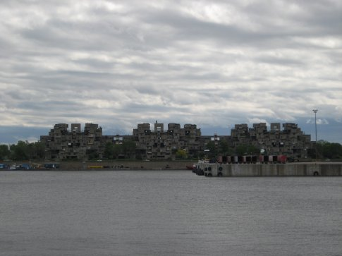 Habitat 67 - bunch of concrete blocks stacked up to form a housing complex.