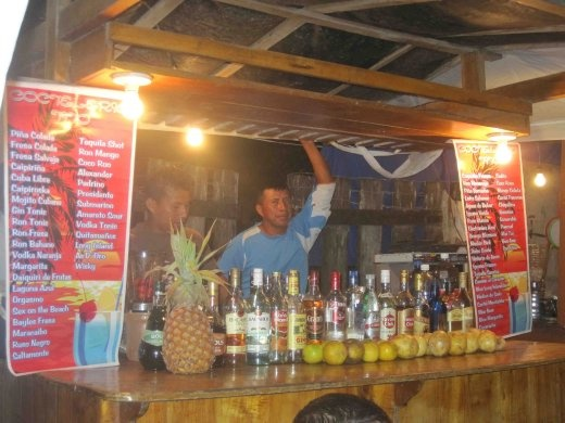 Cocktail alley stall, Montanita
