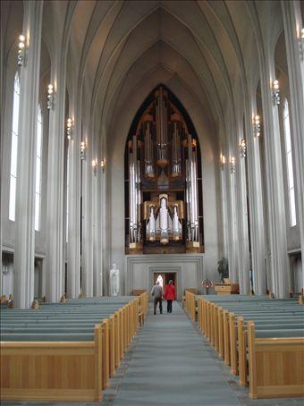 Inside Hallgrimskirkja. The massive organ.