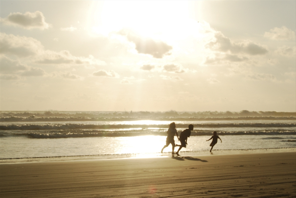 Taken somewhere in Bengkulu, right before the sunset