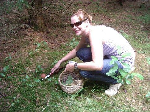 Me picking mushrooms!