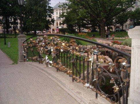 The bridge of locks in the park in Riga.