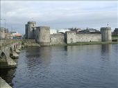 This is King John's Castle on the banks of the Shannon, built between 1200-1220AD: by neri, Views[360]