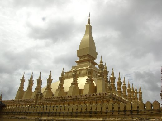 Laos' most important monument. Looks nice from far away, but could do with a clean!