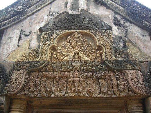 Carvings at Banteay Shrei