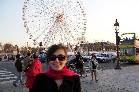Me with the Ferris wheel (Place de la Concorde)