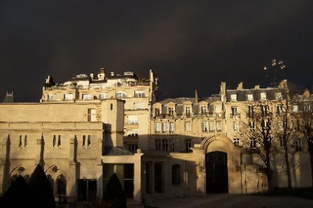 the view of the musée of podin or whatever his name is. yes, it did rain.
