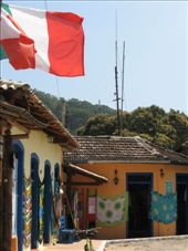Some typical shops on Isla Grande.  They were very colourful and stood out alot.: by nigelb, Views[310]