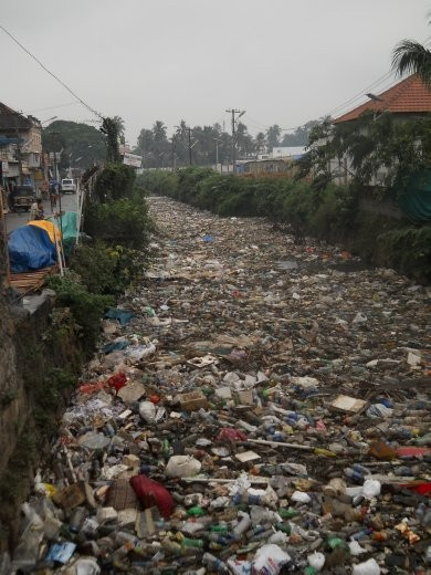 Much more than anywhere else, India is filthy and rubbish-strewn