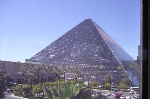 The Luxor hotel outside