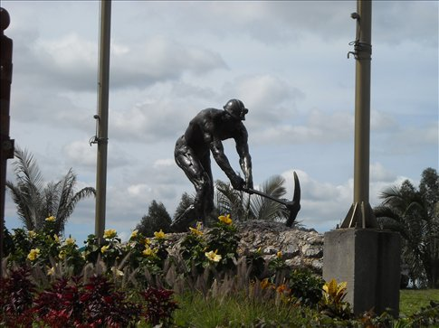 monument to the salt workers