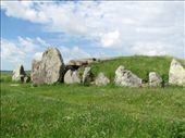 West Kennet long barrow : by nomad_kiwis, Views[315]