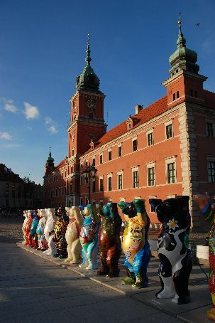 The bears made it to the old town square in Warsaw.