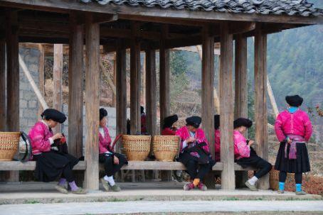 The local women at Longji rice terraces