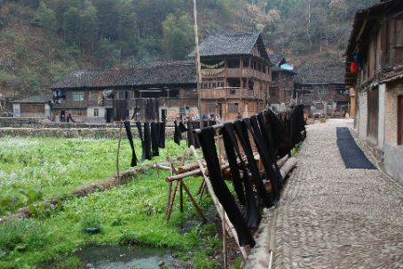 Drying local dress cloth in Zhaoxing