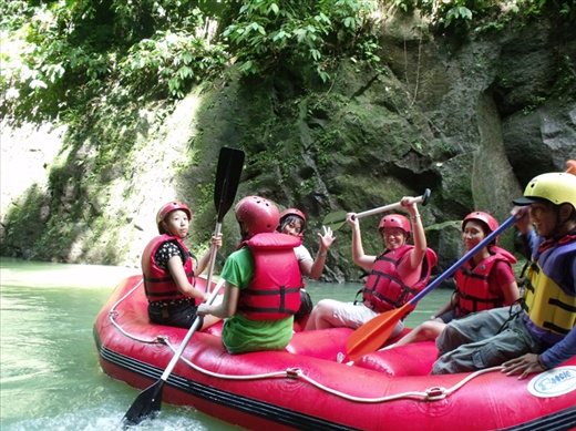 RAFTING ADVENTURE AT SEI BAH BOLON RIVER