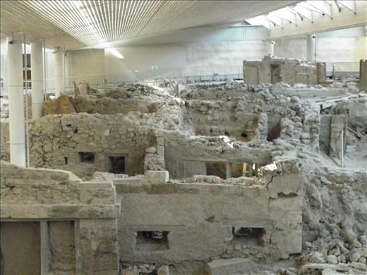 Santorini. Akrotiri, sitio arqueológico. Fue como estar en la Atlántida