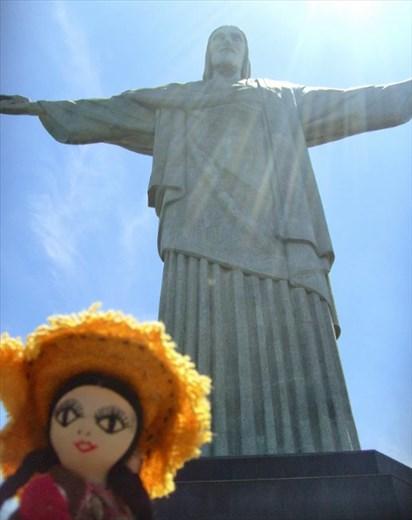 Mama Ocllo bendecida por el Cristo Redentor de Rio