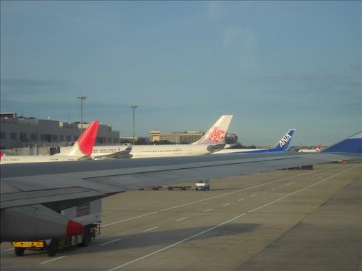 JAL, China Airlines, ANA, Taipei Taoyuan Airport