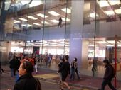 iPhone store - always incredible amount of people: by novalex, Views[174]