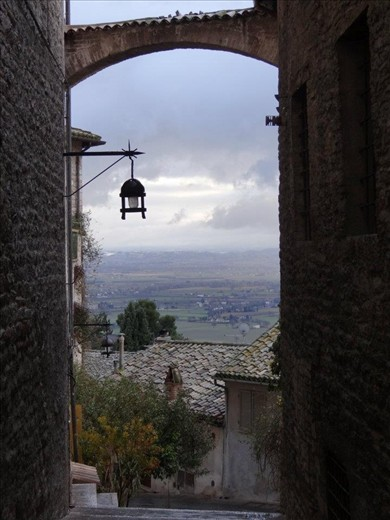A beautiful alley in San Francisco´s hometown of Assisi. Its considered the city of peace. If you go there, you´ll definatelly understand why.