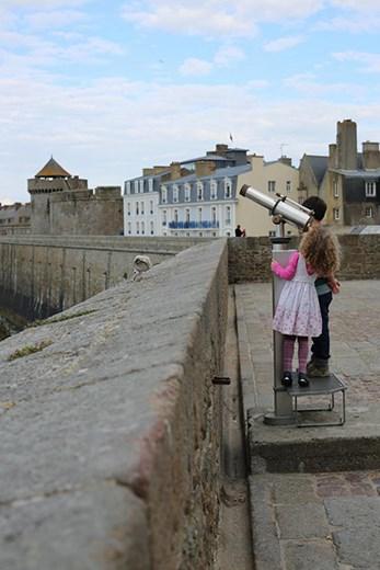 Walking around Saint Malo