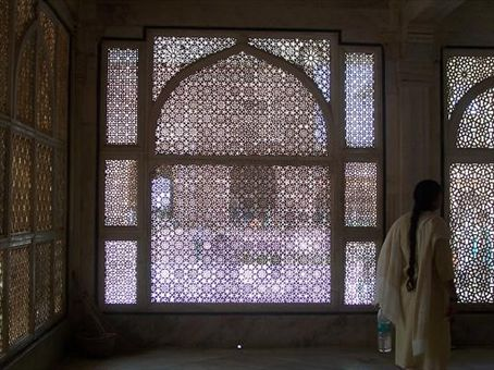 Looking through a marble screen from inside the tomb of Shaikh Salim Shishti at Fatehpur-Sikri