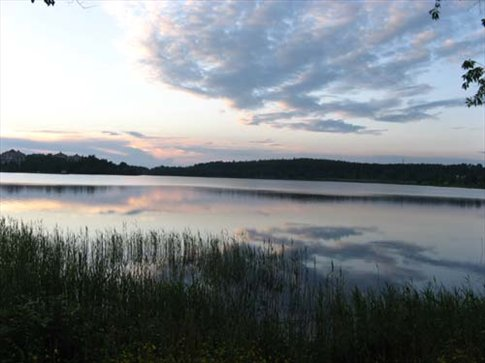 Late in the evening we walked alongside a lake in Lulea - sorta sunset at 10.22pm